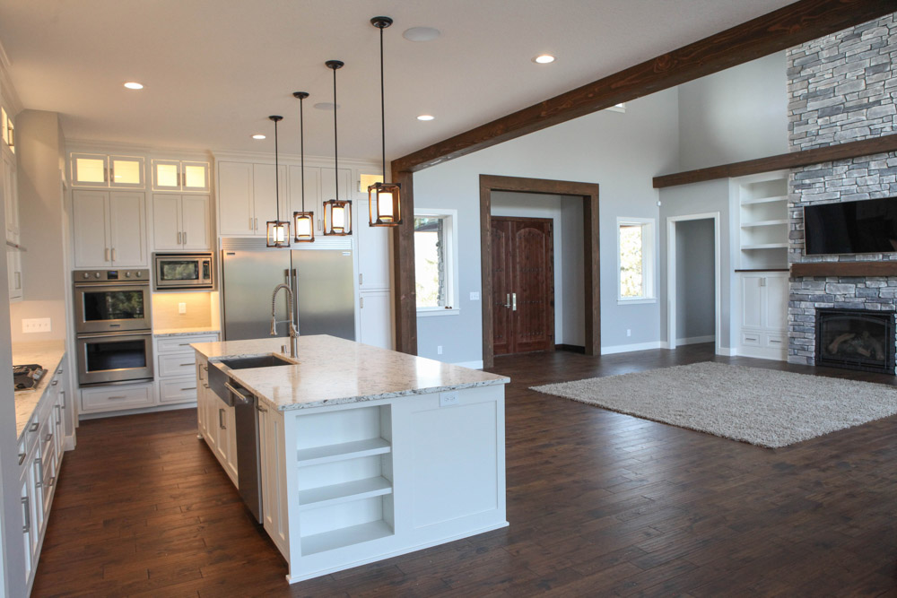 Three Things to Look for When Hiring a Home Improvement Contractor